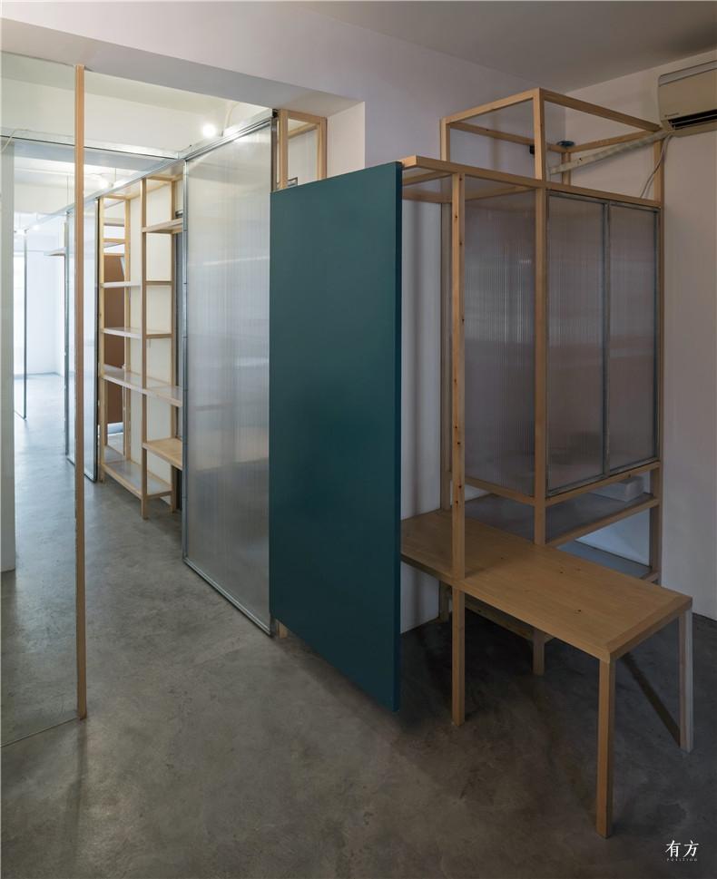 09-room1 shelves3-CHEN