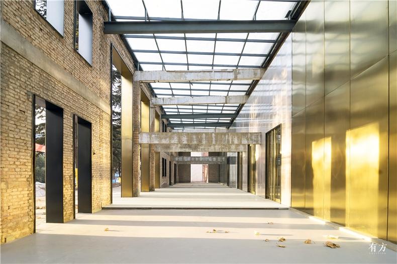 Superimpose Factory Re-veil 021 Valentin Racko