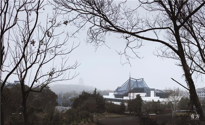 博物馆与烟雨朦胧的江南Photography Yao Li