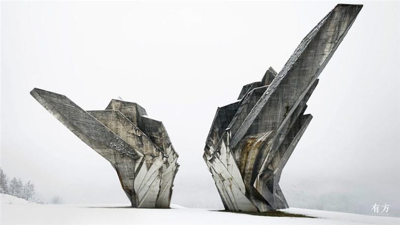 monument-battle-sutjeska-moma-toward-concrete-utopia-yugoslavia-exhibition dezeen hero-1024x576