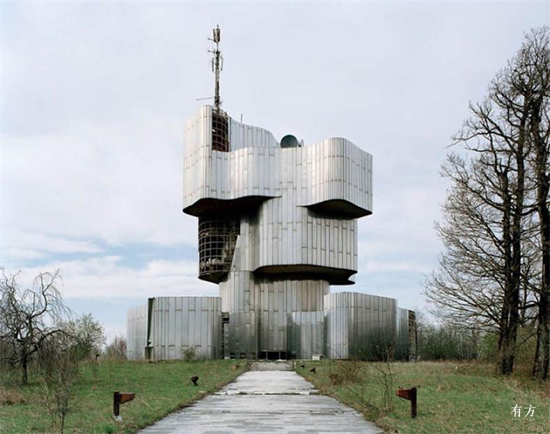 old-monuments-yugoslavia-spomeniks-jan-kempenaers-6