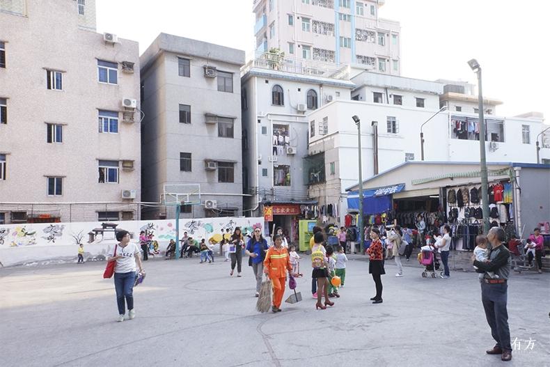 0UABB 小广场