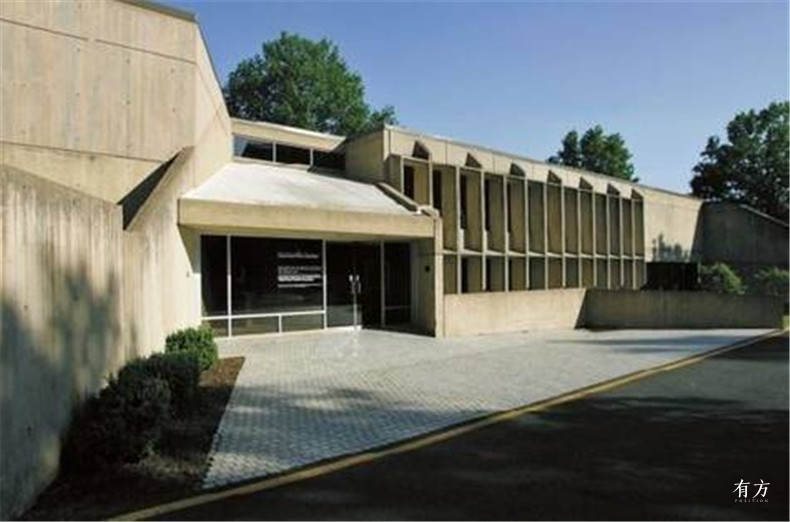 the fate of those brutalism architectures13