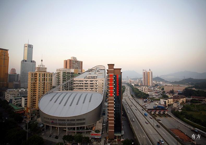 朱涛工作室07 深圳文锦渡长途汽车站综合大楼