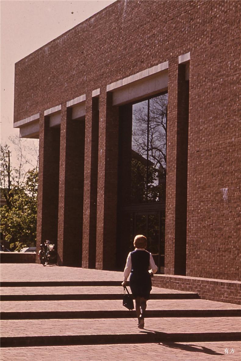 100张照片回顾贝聿铭的100岁人生19 克莱奥罗杰斯纪念图书馆1969年