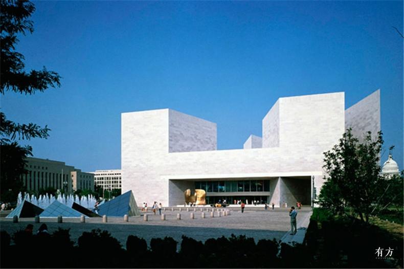100张照片回顾贝聿铭的100岁人生32 国家美术馆东馆1978年