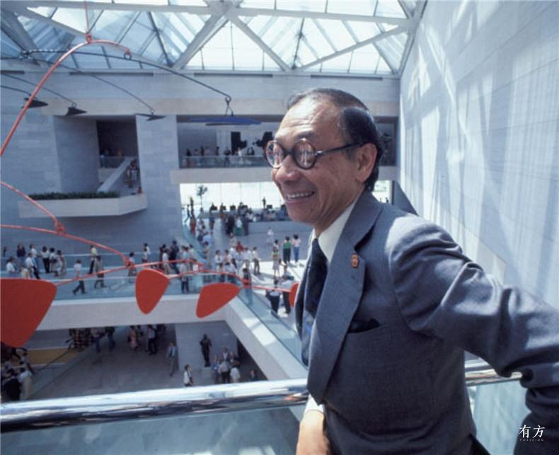100张照片回顾贝聿铭的100岁人生35 贝聿铭在国家美术馆东馆的开幕式上