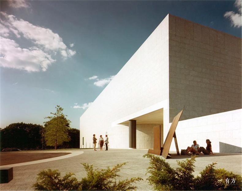 100张照片回顾贝聿铭的100岁人生41 波士顿美术馆MFA1981年