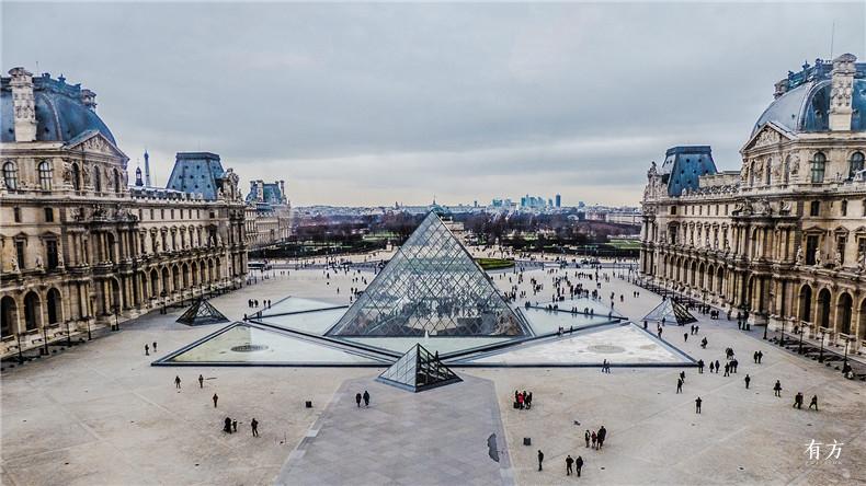 100张照片回顾贝聿铭的100岁人生52 卢浮宫改建1989年
