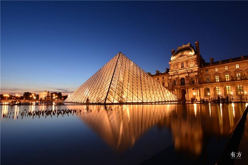 100张照片回顾贝聿铭的100岁人生53 卢浮宫改建1989年