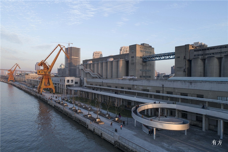 5 上海黄浦江东岸民生码头段景观设计