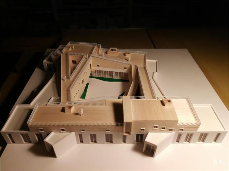 村中幼儿园模型