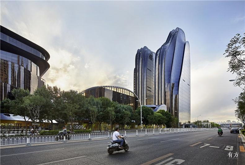 已MAD Chaoyang Park Plaza 08 by HuftonCrow