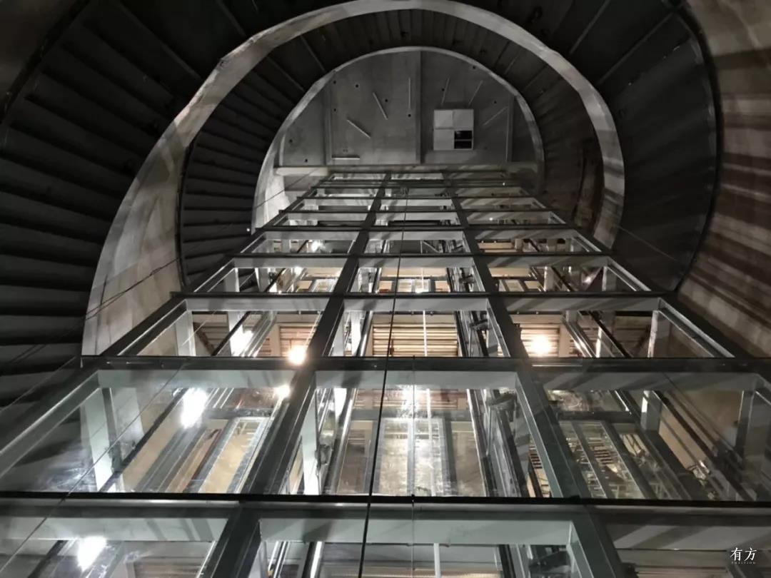 筒仓内电梯 大舍建筑设计事务所