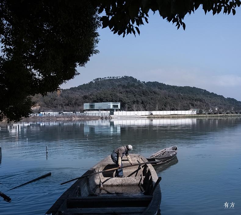 5.湖面远眺