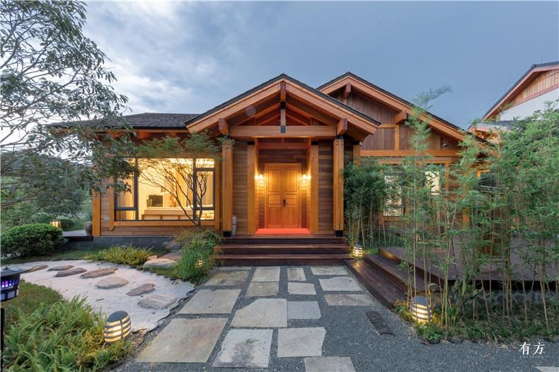 美式别墅使用了太平洋花旗松这是一种北美最大的树种6