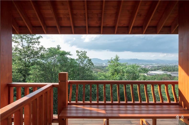 西部黄柏和玫瑰木地板建的观鸟亭2