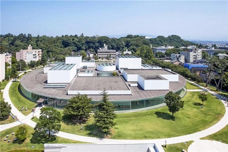 金泽21世纪美术馆