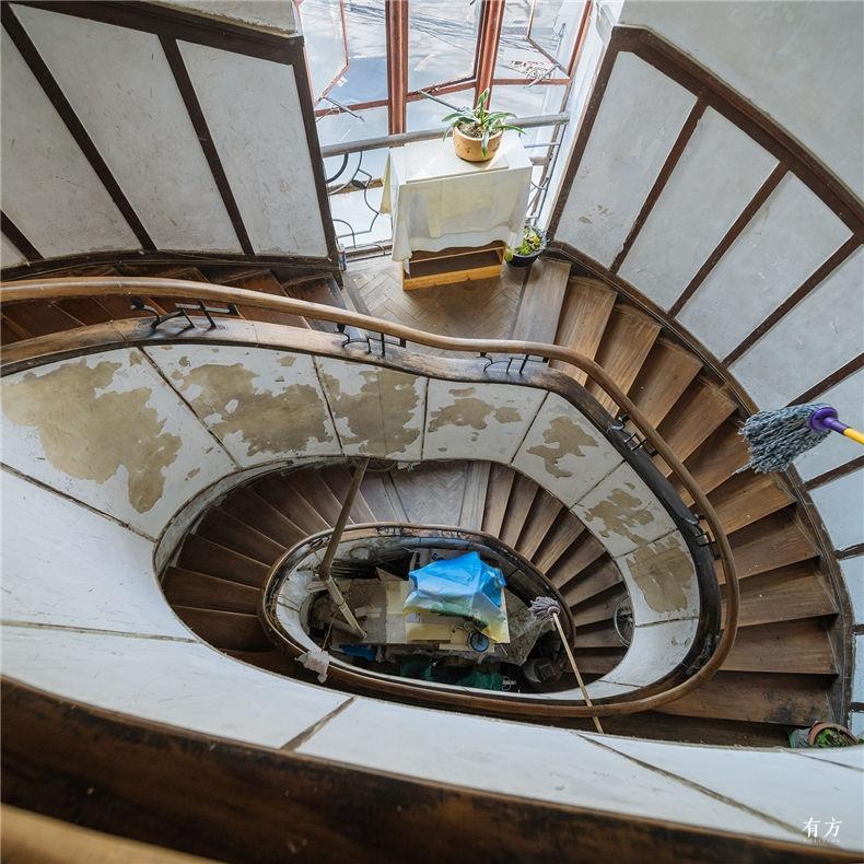 0老上海楼梯间-12