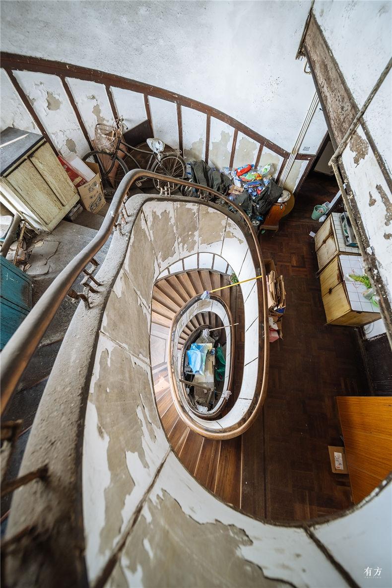 0老上海楼梯间-13