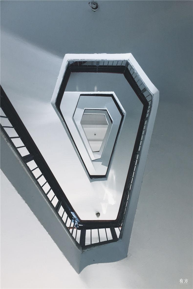 0老上海楼梯间-18