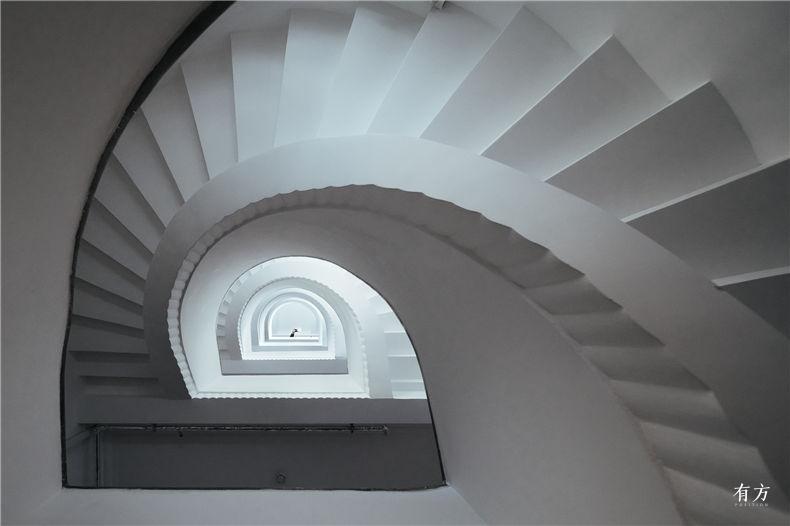 0老上海楼梯间-3