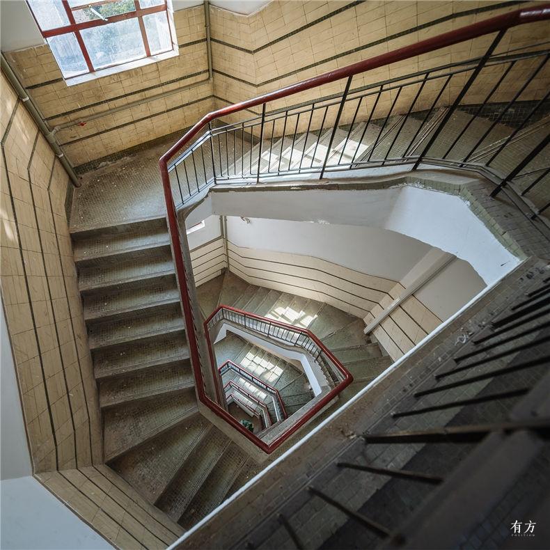 0老上海楼梯间-7