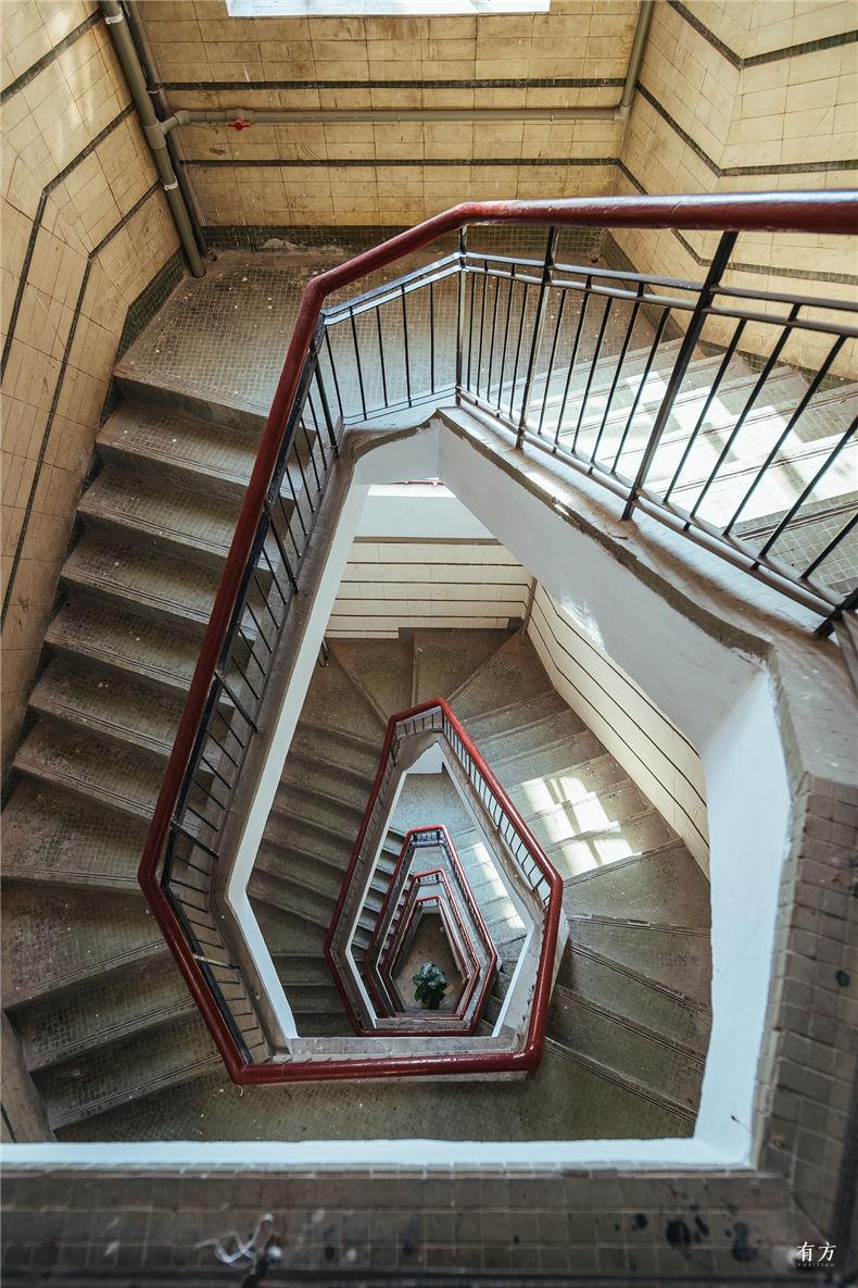 0老上海楼梯间-8