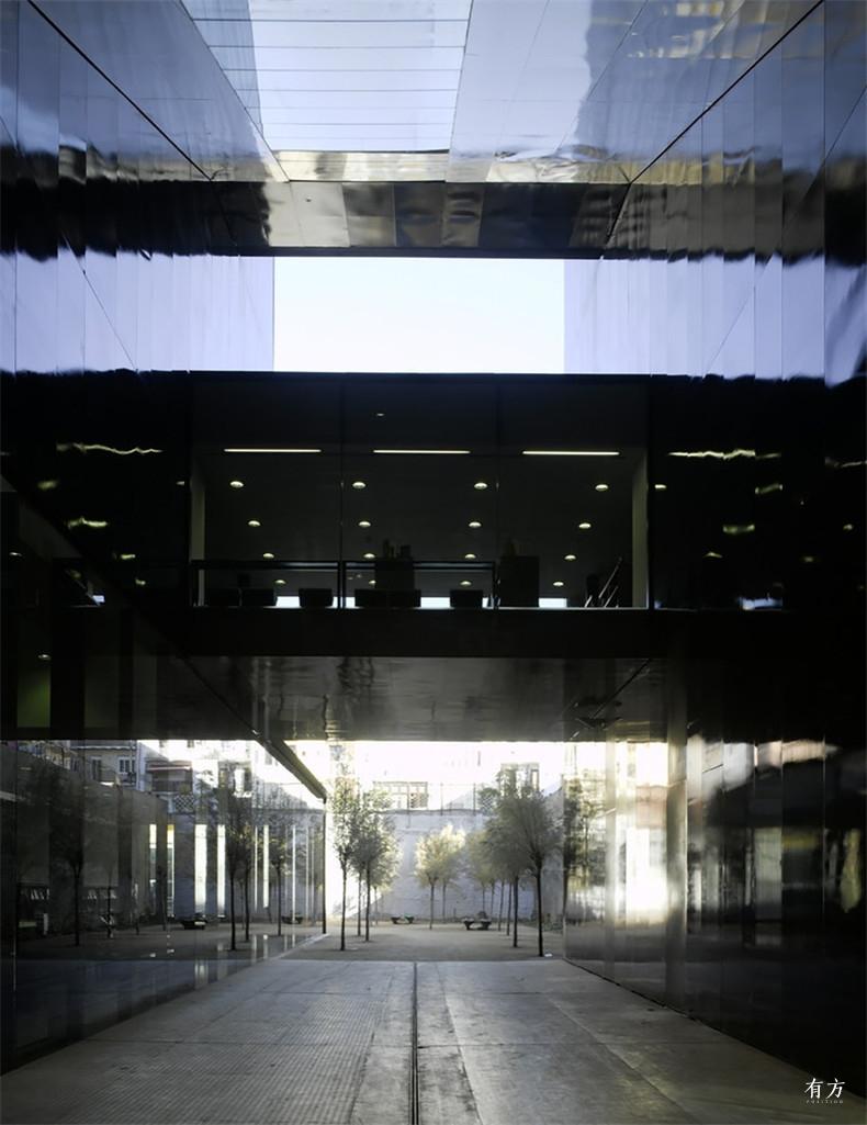 RCR的建筑作品与特点12